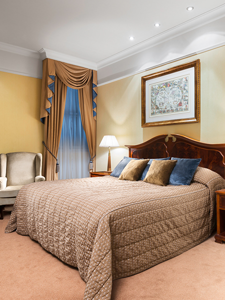 5 Star Luxury Hotel Rooms And Suites In London